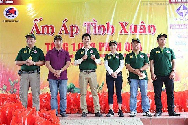Trao quà cho người nghèo tại tỉnh Sóc Trăng – Chương Trình Ấm Áp Tình Xuân 2017